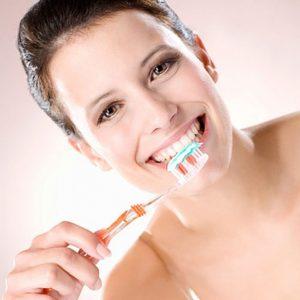 Vệ sinh răng miệng mỗi ngày
