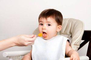 Trẻ dưới một tuổi bị hôi miệng